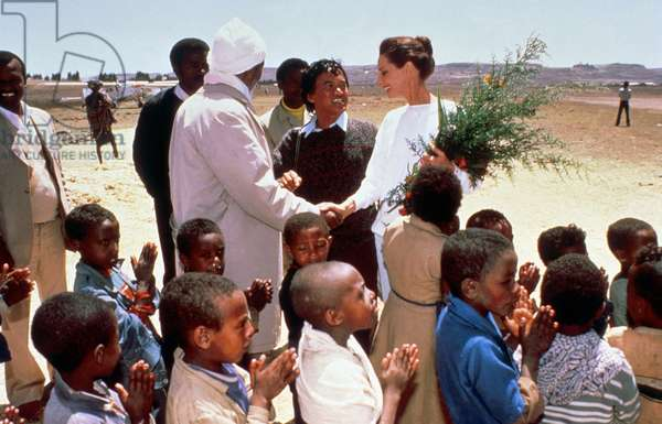 Audrey Hepburn, Ambassador of Unicef (United Nations International Children'S Emergency Fund) , during Journey in Ethiopia in March 1988 (photo)