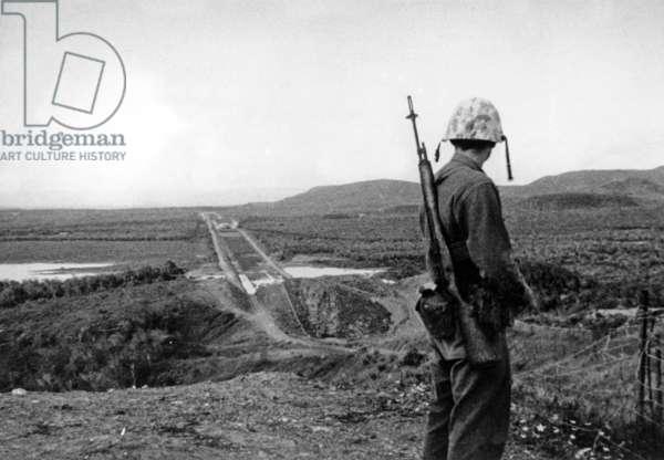 American Soldier at Guantanamo Base in Cuba on November 14, 1962 (Cuban Missile Crisis) (b/w photo)