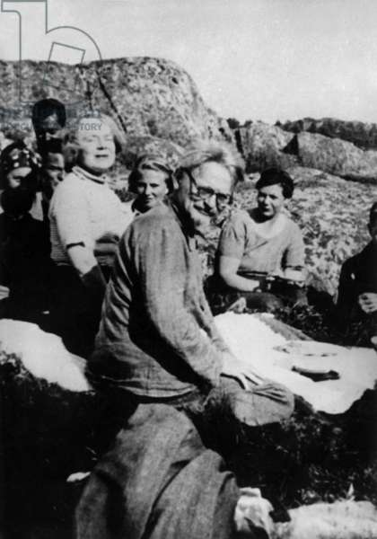 Leon Trotsky and his Wife Natalia (L) in 1936 in Norway (b/w photo)
