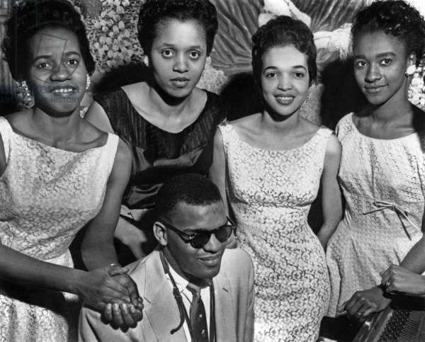 American Jazz Pianist Ray Charles (1930-2004) and the Raylettes, Vocalists in The 50'S (b/w photo)