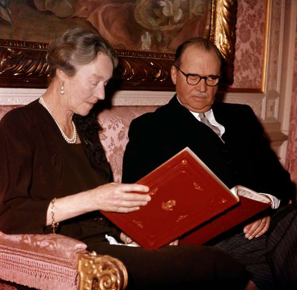 Grand duchess Charlotte of Luxembourg and her husband prince Felix of Bourbon (Felice di Borbone) in 1964 (photo)