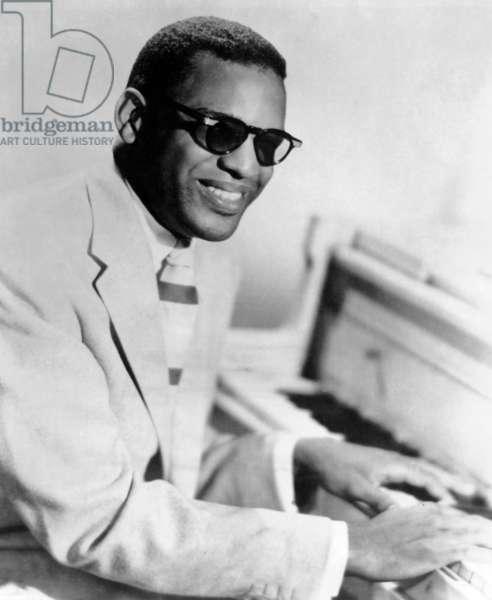 Ray Charles (1930-2004) Jazz Pianist En 1954 (b/w photo)