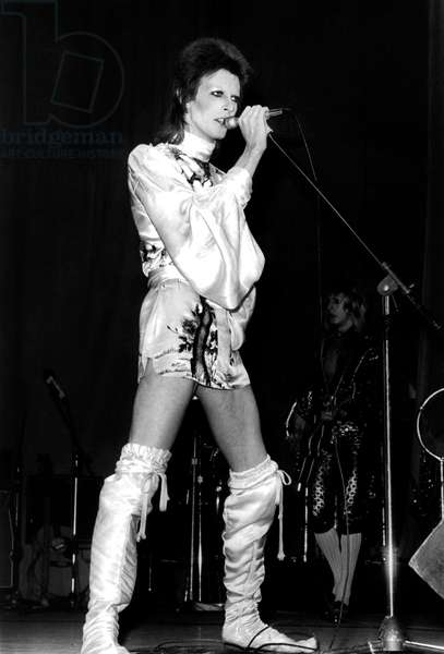 David Bowie on Stage (Ziggy Stardust Tour) 1973 (b/w photo)
