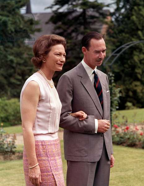Grand Duke Jean of Luxembourg and his wife the Grand Duchess Josephine-Charlotte of Luxembourg at Colmar-Berg castle, june 27, 1968 (photo)