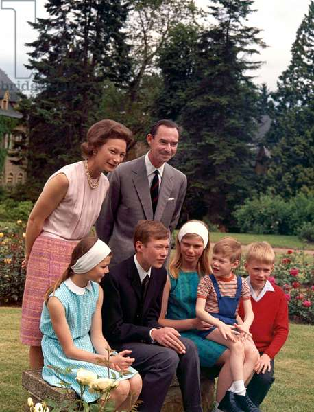 Grand Duke Jean of Luxembourg and his wife Grand Duchess Josephine-Charlotte of Luxembourg with their children in garden of Colmar-Berg castle on june 27, 1968 : l-r :  princess Margaretha, prince Henri (future Grand Duke), princess Marie Astrid with prince Guillaume, prince Jean (photo)