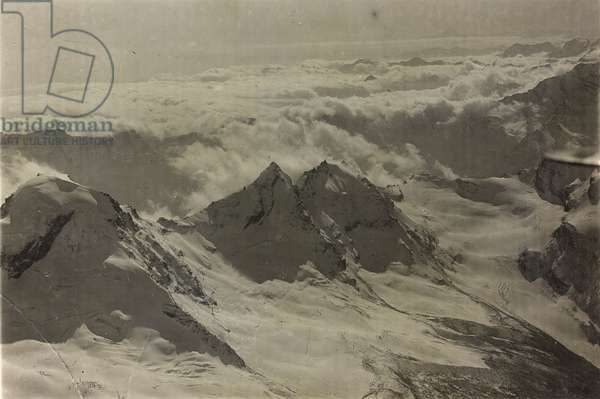 Albums with aerial views of towns and cities during the first post-war Italian: the mountains of the Gran Paradiso