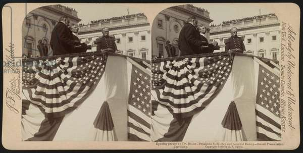 Opening Prayer by Dr. Butler with President McKinley and Admiral Dewey, Sword Presentation Ceremony, U.S. Capitol Steps, Washington DC, USA, Stereo Card, Underwood & Underwood, 1899 (b/w photo)