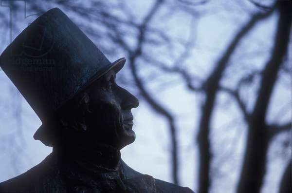 Monument to Hans Christian Andersen