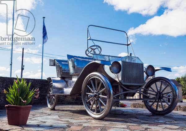 Ford Model T monument, Ireland (photo)