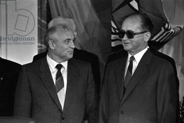 Gorbachev and Jaruzelski