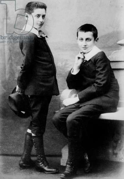 Robert and brother Marcel Proust (r) when child in 1885