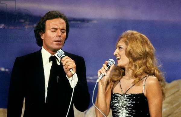 Julio Iglesias and Dalida during TV Programme