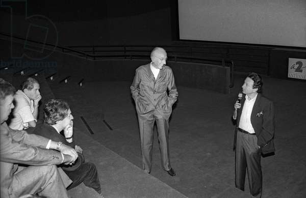 "Jacques-Yves Cousteau presenting his films ""L'equipe Cousteau a la redecouverte du monde"" at the Forum des Halles, Paris, in presence of Michel Drucker on September 18, 1989 (b/w photo)"