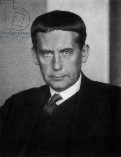 Walter Gropius, 1928 (b/w photo)