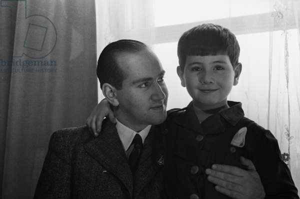 Violinist, teacher and conductor David Oistrakh and his son Igor, 1943 (b/w photo)