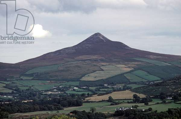 The Great Sugar Loaf mountain in County Wicklow, referred to in James Joyce 'Ulysses', Ireland (photo)
