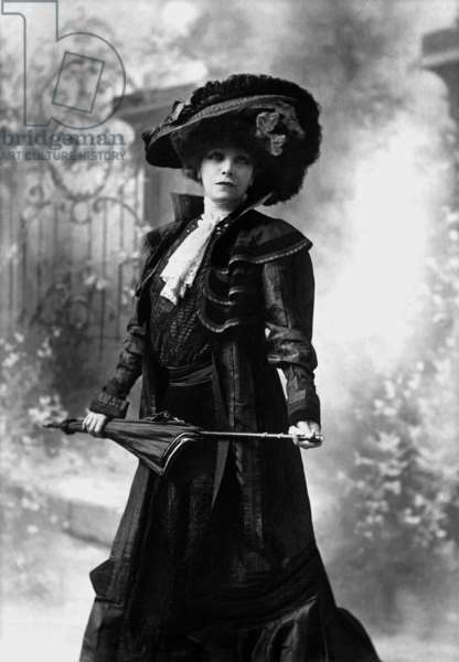 Actress Sarah Bernhardt (1844-1923), 1908