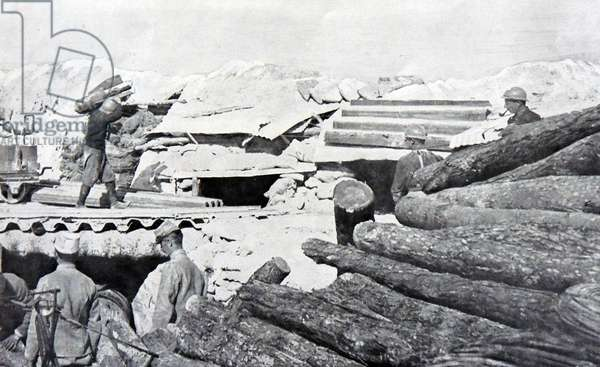 French soldiers reinforce their positions in the trenches