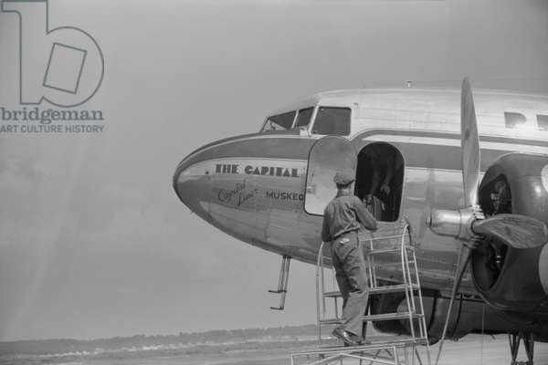 Loading Baggage onto Airplane, Municipal Airport, Washington DC, USA, July 1941