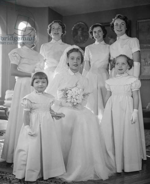 Jane Sylvain fashion (wedding), November 2, 1949, Paris : wedding gown and bridesmaid dresses (b/w photo)