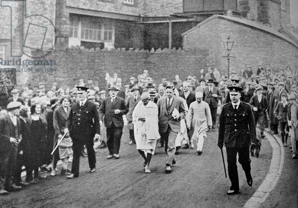 Mahatma Gandhi visiting a Lancashire Cotton Mill.