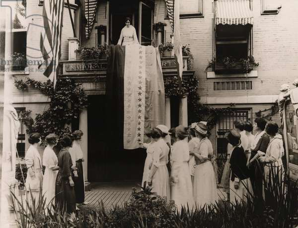 When Tennessee became the 36th state to ratify the Women's suffrage amendment on Aug 18, 1920, Alice Paul unfurled the National Woman's Party ratification banner with its thirty-six victory stars and from the balcony of the party headquarters in Washington, D.C