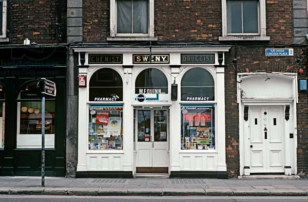 Sweny's the Chemist, referred to in James Joyce, 'Ulysses', still operating today as a chemist from James Joyce's time, Dublin, Ireland (photo)