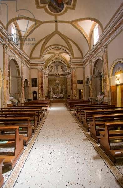 St. Martin Parish church, nave, Zoppola, Friuli, Italy (photo)
