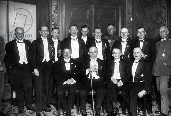 Former German fighter pilots, 1928 (b/w photo)