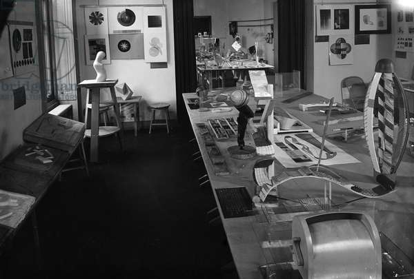 CHICAGO: NEW BAUHAUS Tactile charts on the table in the foreground and a modelling studio with colour charts at left at the New Bauhaus in Chicago, Illinois. Photograph, c.1940.
