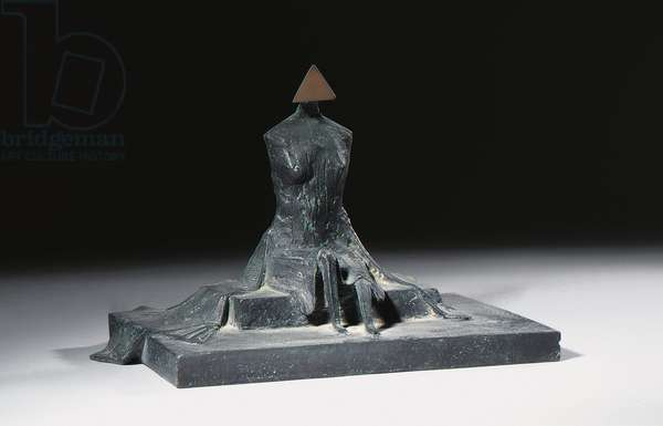 Sitting Woman in Robes II, 1987 (bronze with a black patina)