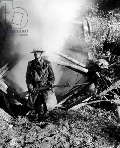 Buster s'en va-t-en guerre (DOUGHBOYS) de EdwardSedgwick avec Buster Keaton, 1930 (b/w photo)