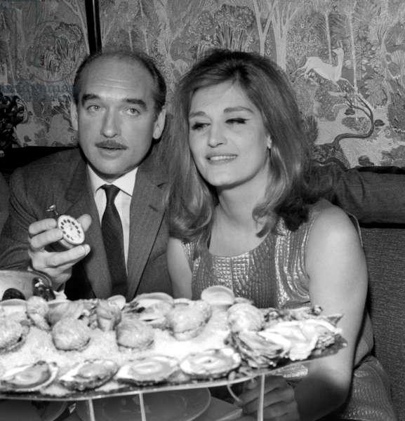 Dalida dining with Eddie Barclay, 3 February 1965 (photo)