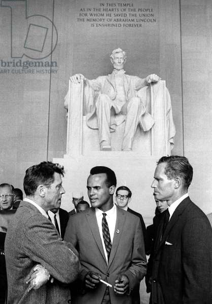 Burt Lancaster, Harry Belafonte and Charlton heston at the Lincoln Memorial during the Civil Rights March On Washington ('I have a dream'), August 29, 1963