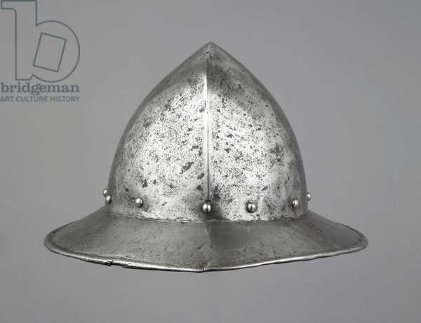 War hat, probably early 16th century (iron or steel)