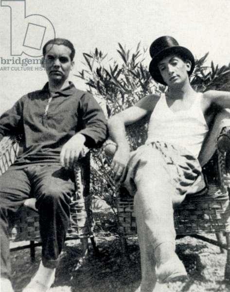 Federico García Lorca (left)