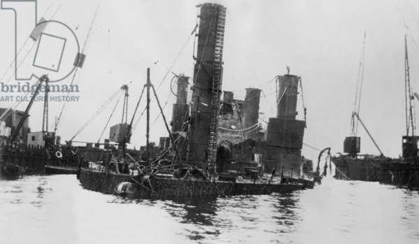 Recovery of the 'Hindenburg' near Scapa Flow, 1930 (b/w photo)