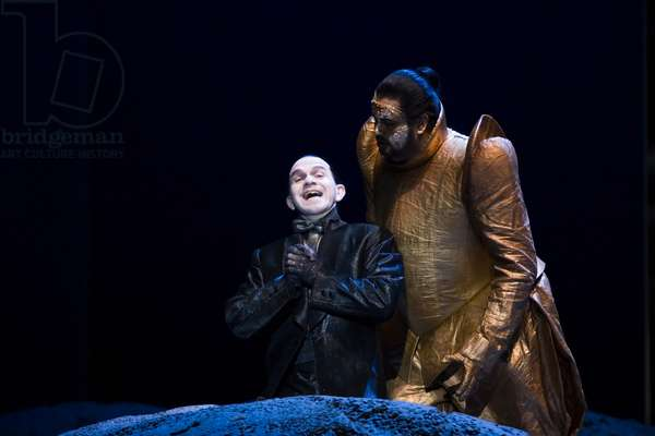 José Ferrero as Duke of Parma and Robert Brubaker as Mephistopheles in 'Doktor Faust' (photo)