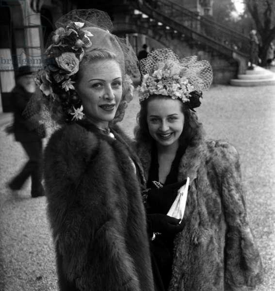 Elegant Women, Longchamp Racecourse, Paris, April 6, 1947 (b/w photo)