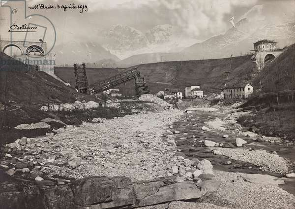 """Italo Austrian War 1915-1918"": rubble of a bombed bridge over the stream Ardo, 03/04/1919 (b/w photo)"