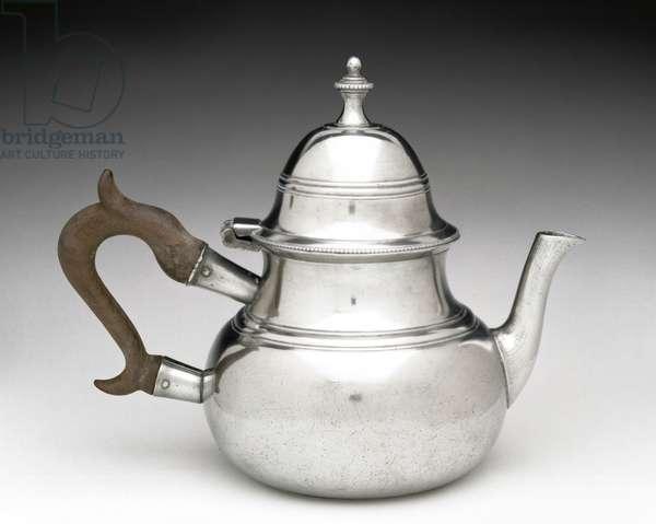 Teapot, 1785-1798 (pewter, wood)