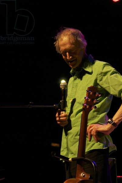 Michael Horovitz, during a performance of 'POEM', Queen Elizabeth Hall, London, 14th June 2012 (photo)