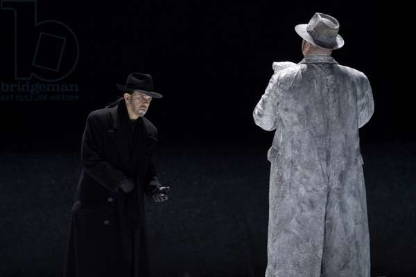 Christopher Robertson as Doktor Faust and Robert Brubaker as Mephistopheles in 'Doktor Faust' (photo)