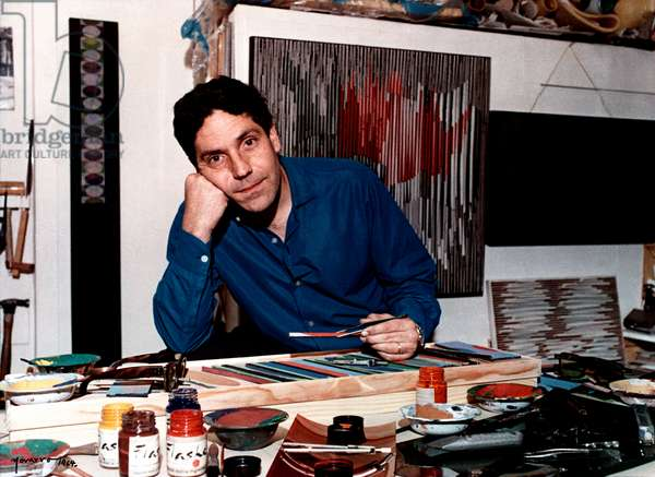 Carlos Cruz-Diez en su taller, París, Francia, 1964 (photo)