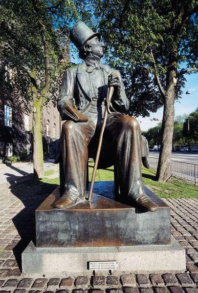 Monument to Hans Christian Andersen (1805-1875), Copenhagen, Denmark