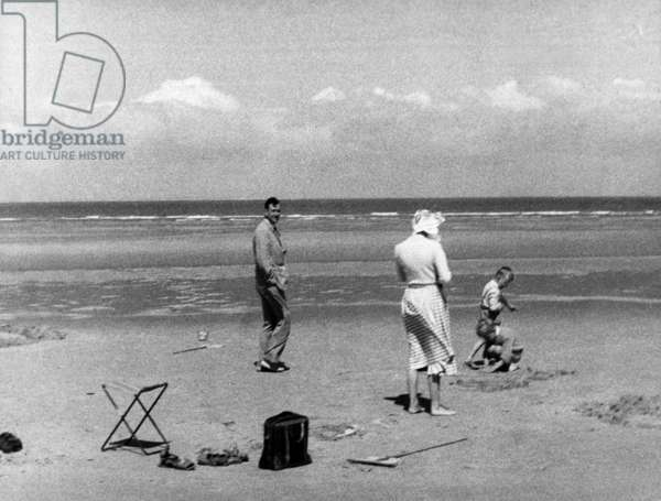 Philippe De Gaulle With his Wife and Two of Their Children on The Beach in Wissant, North of France during Holidays July 24, 1958 (b/w photo)