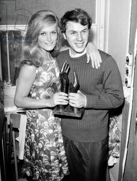 """Les Bravos"" 1966: Song by Dalida, 21 June 1966 (photo)"
