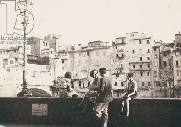 Florence. On the Lungarno Acciaioli. Postcard sent by the photographer to Vincenzo Balocchi (b/w photo)