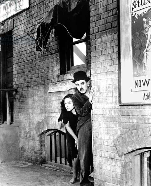 Les temps modernes MODERN TIMES de CHARLIECHAPLIN avec Charlie Chaplin, Paulette Goddard, 1936