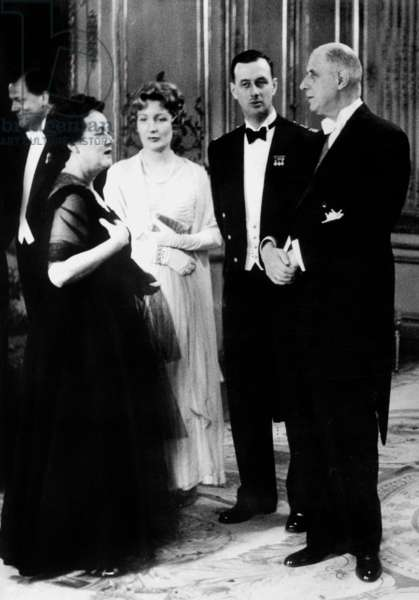 French President Charles De Gaulle With his Wife Yvonne , Their Son Philippe De Gaulle and his Wife Henriette De Montalembert , during Reception For The Members of The Senate June 10, 1959 (b/w photo)